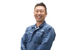 商品開発担当部長 吉田敏久